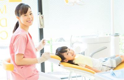 歯科衛生士と患者